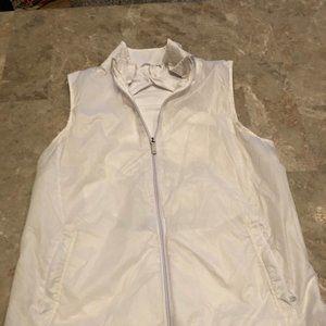 Nylon fleece-lined vest